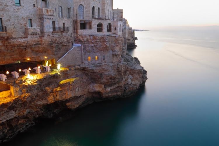 grotta palazzo.jpg