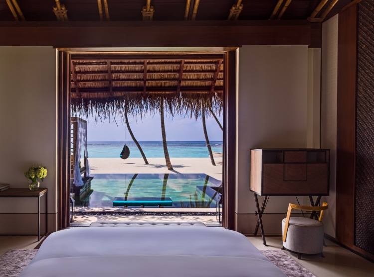 One&Only_ReethiRah_Accommodation_GrandSunsetResidence_ViewFromMasterBedroom.jpg